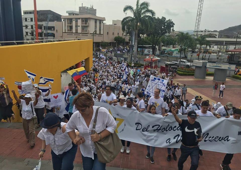 Über 1.000 Teilnehmer beim Marsch des Lebens in Ecuador