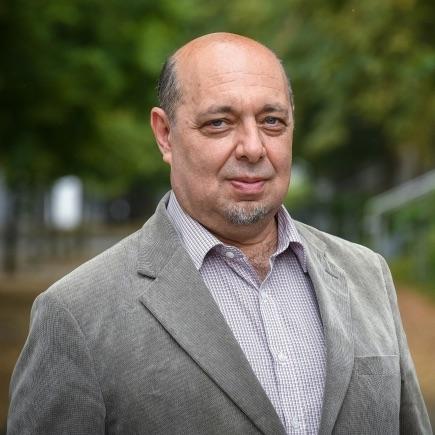 Dr. Tomáš Kraus